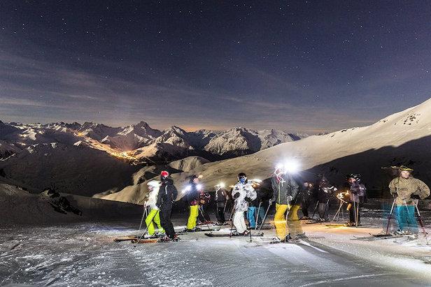 «Sarenne by night» : offrez vous une descente en nocturne de la plus longue piste de ski de France...  - © OT Alpe d'Huez