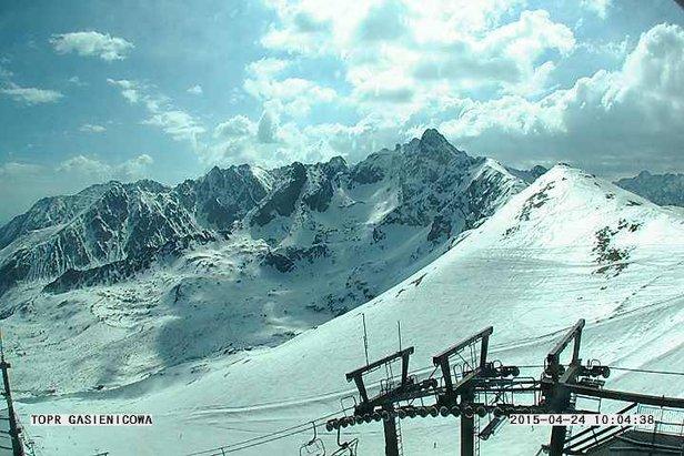 Raport śniegowy: do 40cm świeżego śniegu w Austrii, w Polsce i na Słowacji nadal można szusować ©FB PKL Kasprowy Wierch