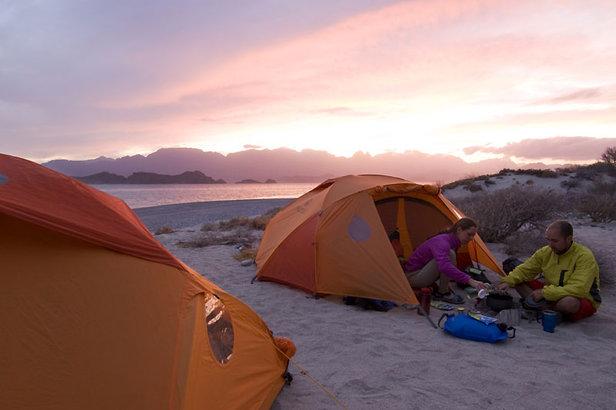 Zeltlager am Strand