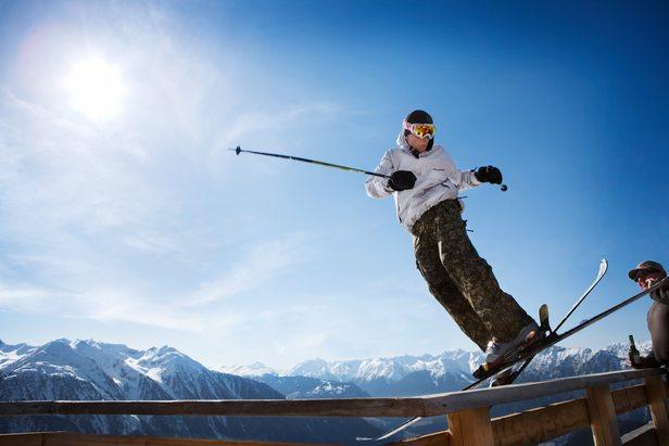 Hochoetz AUT skier