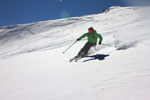 Übersommern der Skiausrüstung: Skischuhe, Stöcke und weitere Ausrüstung- ©Skiinfo.de/Sebastian Lindemeyer