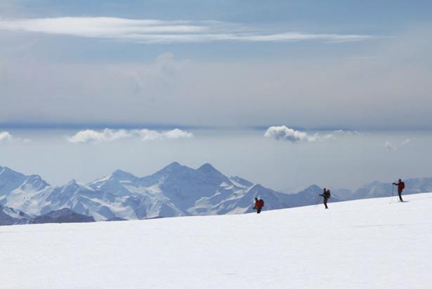 Freeriden in Zermatt: Vom Schwarztor, Stockhorn, Seracs und Sahnehängen ©Skiinfo.de/Sebastian Lindemeyer