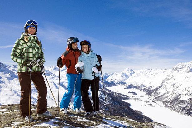 Weißer Spaß mit viel Sonne im Engadin: Wintersportsaison bis Ende Mai