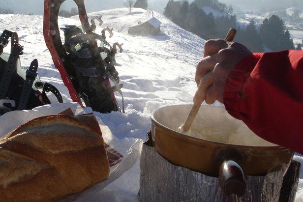 Fondue-raquettes  - © My Switzerland