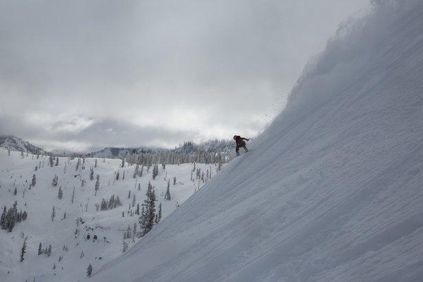 10 Biggest Ski Resorts in North America ©Squaw Valley / Alpine Meadows