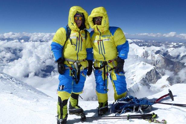 Alix von Melle und Luis Stitzinger auf dem Gipfel des Manaslu - ©Stitzinger | Melle | Marmot