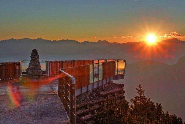 Auf der Aussichtsplattform StubaiBlick hat man einen besonders schönen Ausblick - ©Schlick2000/Norbert Span