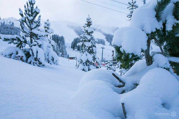Gallery: Snow blankets alpine resorts 1/12/17- ©Courchevel/Facebook