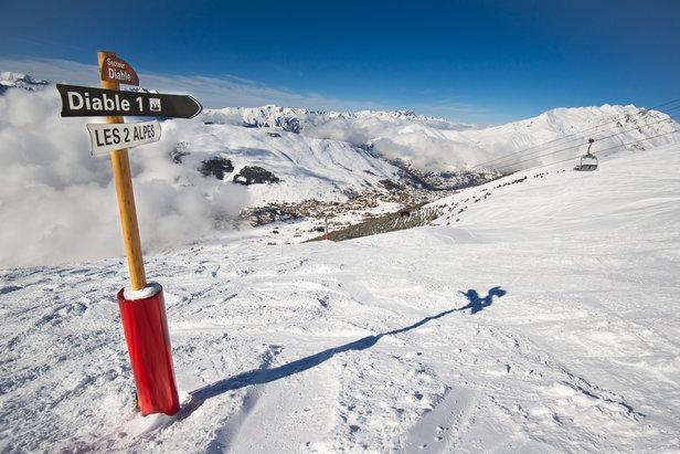 Il est encore temps de profiter des joies de la glisse sur le domaine skiable des 2 Alpes...