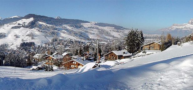 Skiing above pretty Megève, France