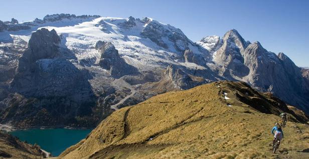 Sulle Dolomiti una nuova sfida per gli Iromen delle ruote grasse