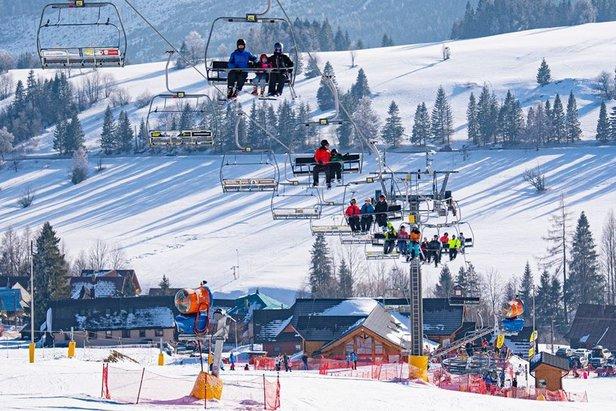 SSkvělé lyžařské podmínky v Tatrách, konkrétně v Strachan Ski centru ve Ždiaru.