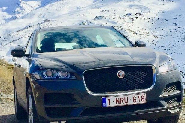 Met een Jaguar F-Pace de bergen in- ©Jurgen Groenwals