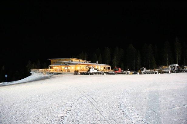 Sci in notturna in Paganella - Rifugio Dosson