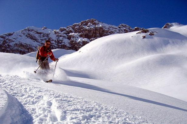 Während der Skitourenwoche werden die schönsten Touren und Abfahrten des Kleinwalsertals erkundet