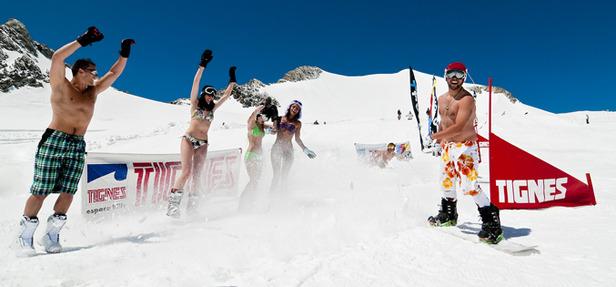 Bikini Contest, Tignes, glacier de la grande Motte