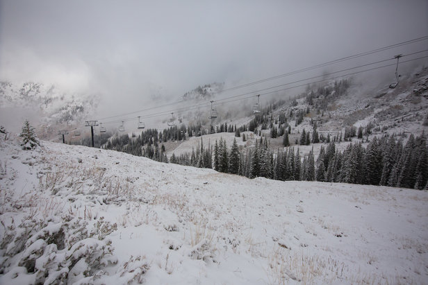 Dusting to Dumping: Snow Starts in the West ©Rocko Menzyk, Alta Ski Area