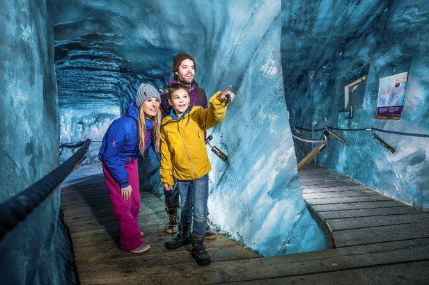 BIG Family czyli rodzinne narty na lodowcu Stubai  - © Andre Schoenherr