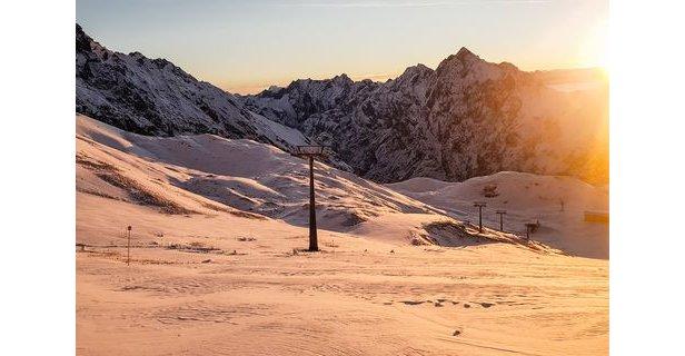 Zugspitze startet am Freitag in die Skisaison- ©Bayerische Zugspitzbahn AG
