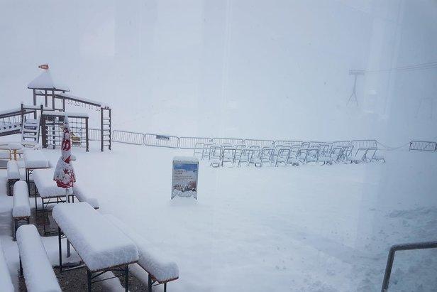 Saisonstart: Pitztaler Gletscher startet den Skibetrieb, Sölden und Stubaier Gletscher in Wartestellung- ©Facebook Stubaier Gletscher