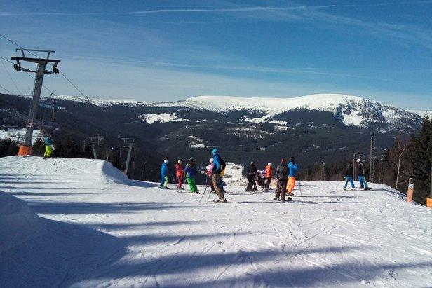 Na poslední víkend otevře SkiResort ČERNÁ HORA – PEC 17 km sjezdovek ©facebook Pec pod Sněžkou