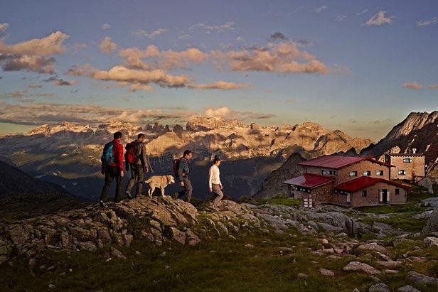 Kletterausrüstung Zermatt : Aktivurlaub beim wandern und klettern in den trentiner bergen