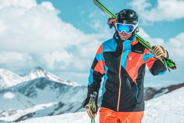 Vêtements de ski: Spyder vous explique comment bien les choisir !