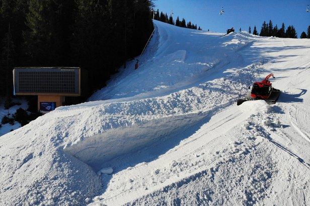 Jasná vo veľkom uskladňuje sneh na budúcu zimuTMR, a.s.