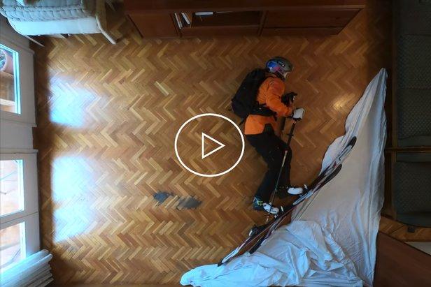 Sciare in casa ai tempi del CoronavirusOTS/Youtube/Philipp Klein Herrero