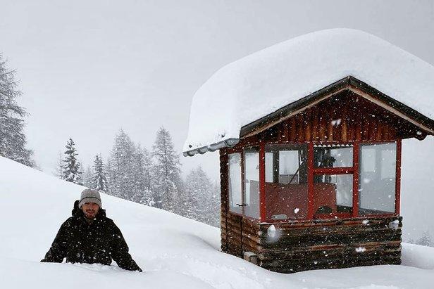 Am Kaunertaler Gletscher kann man sich im Moment nicht über zu wenig Schnee beklagen  - © Kaunertaler Gletscher