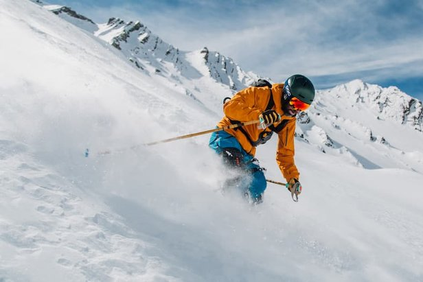 Try this Device to Save Your Knees This Ski SeasonProvided by Roam Robotics