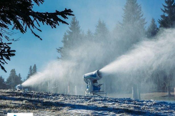 Polskie ośrodki narciarskie odpaliły armatki [zdjęcia]Zieleniec Ski Arena
