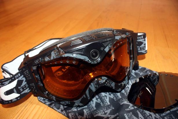 Liquid Image Summit Series HD: Skibrille mit eingebauter Kamera- ©Skiinfo.de