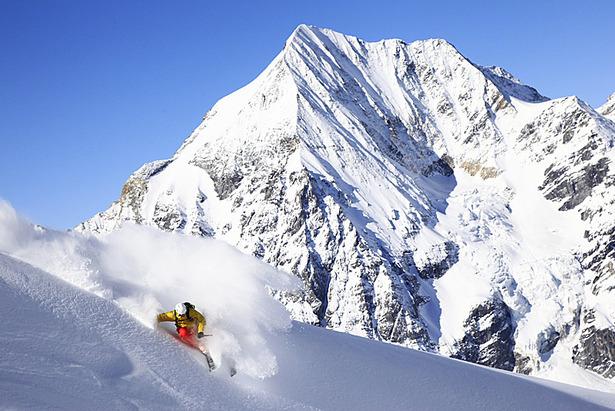 Special Skitechnik: Richtig Skifahren im Tiefschnee - ©Lars Schneider