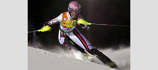 Maria Riesch feiert Sieg bei der Super-Kombination in Whistler ©FISCHER