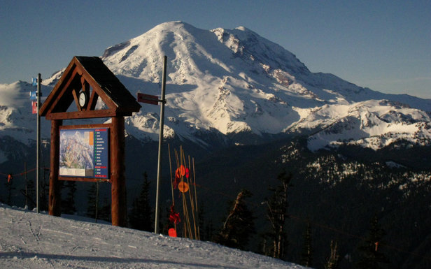 Crystal Mountain summit - ©Becky Lomax