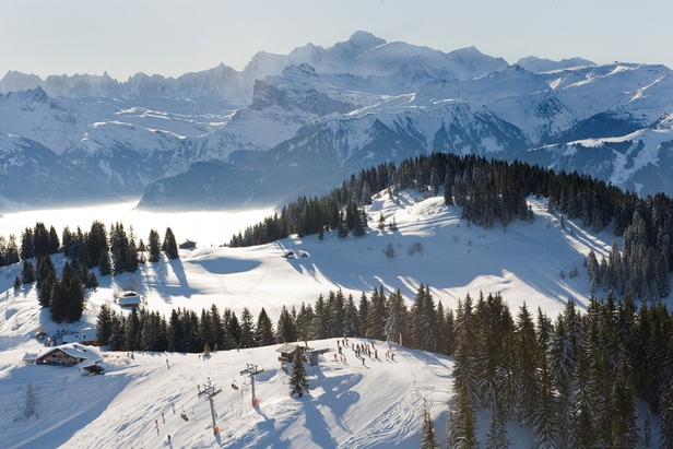 Portes du Soleil: dos paises unidos por su pasión por el esquí ©Sacha Dittel. Portes du Soleil
