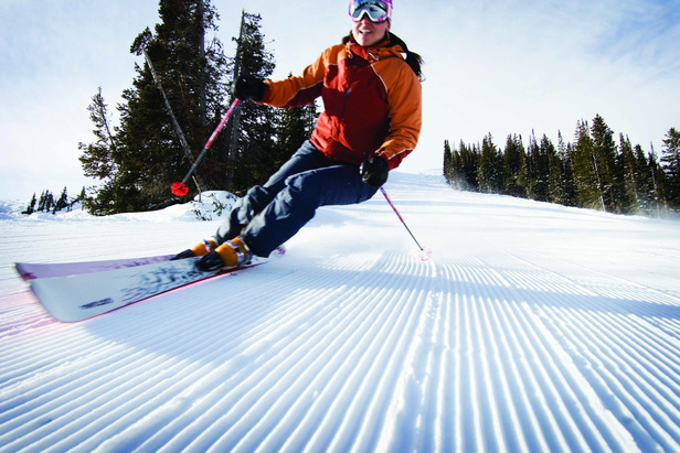 Spring is the perfect time to enjoy a blue sky, perfectly groomed runs and Park City's resorts.  - © Park City Chamber | Convention & Visitors Bureau