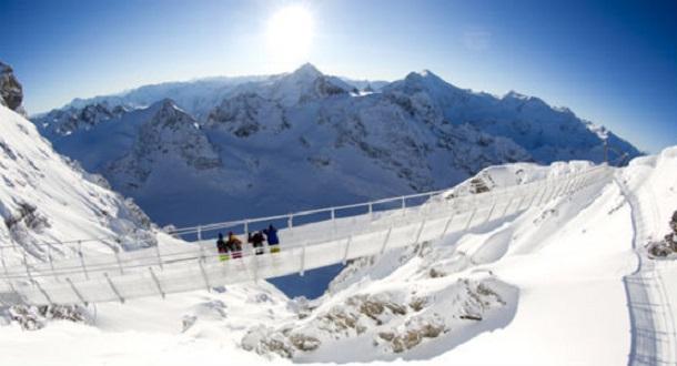 Titlis Cliff Walk ve švýcarských Alpách
