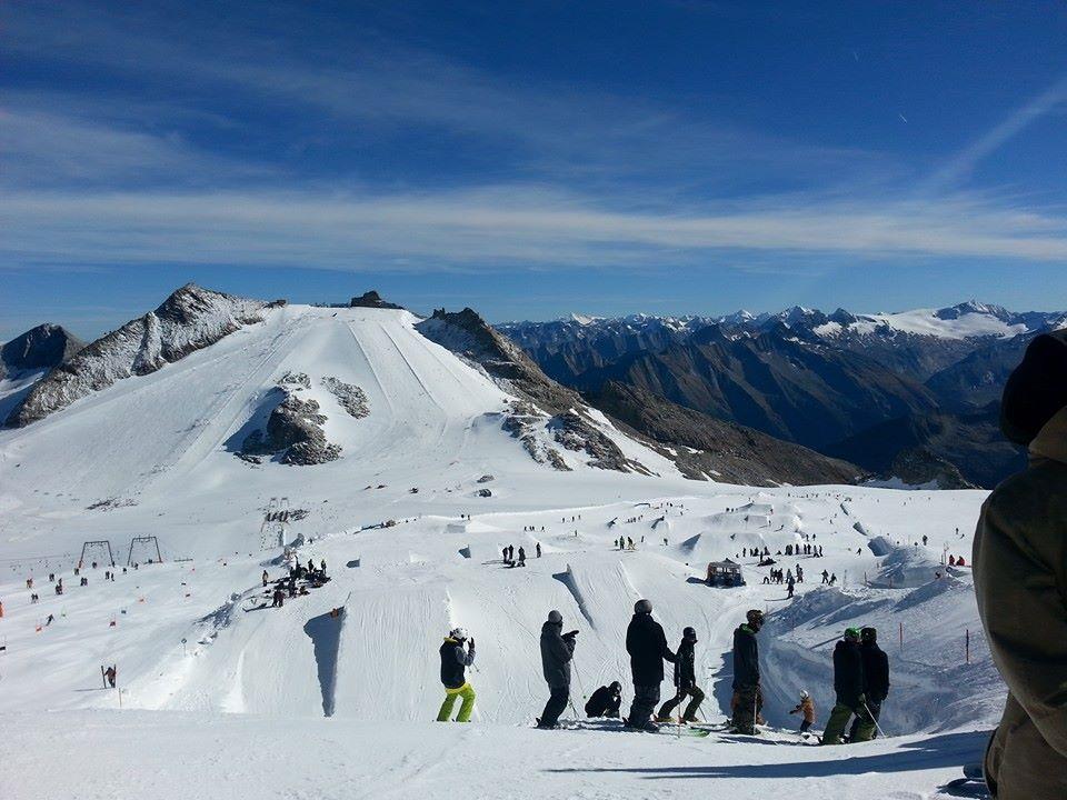 Letní lyžařské středisko Hintertux, Rakousko