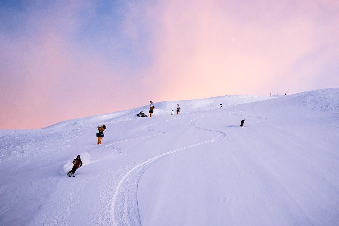 Letné lyžiarske stredisko Coronet Peak, Nový Zéland