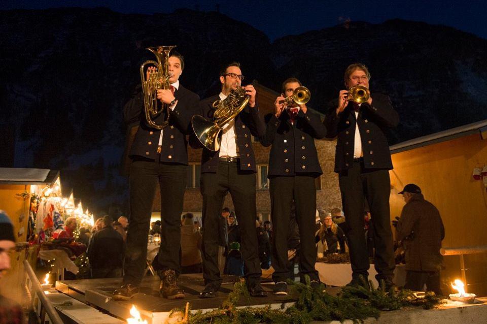 Živá vianočná hudba v Lech