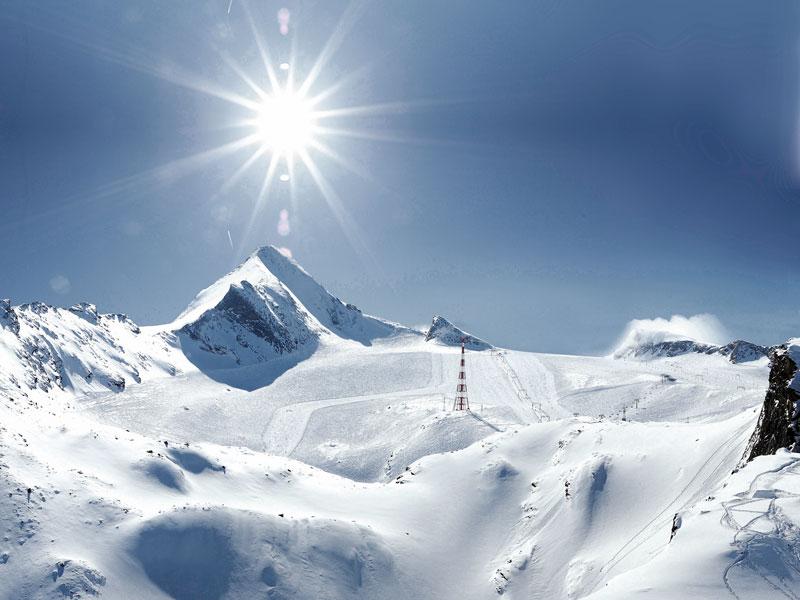 Letné lyžiarske stredisko Kitzsteinhorn v Kaprunu, Rakúsko