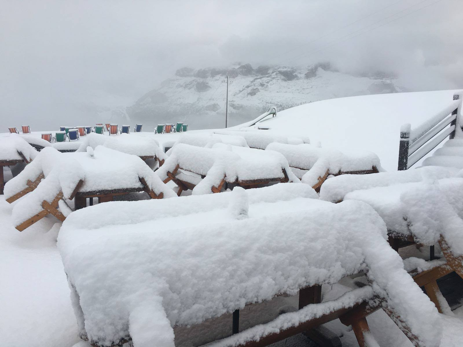 Čerstvý sníh v Alta Badia