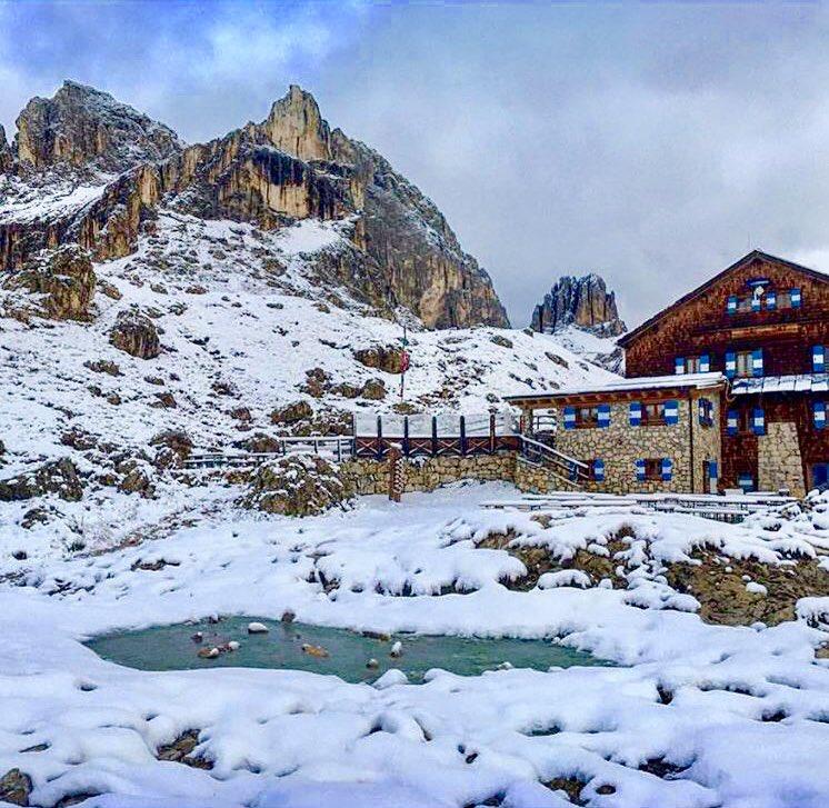 Čerstvý sníh ve Vigo di Fassa