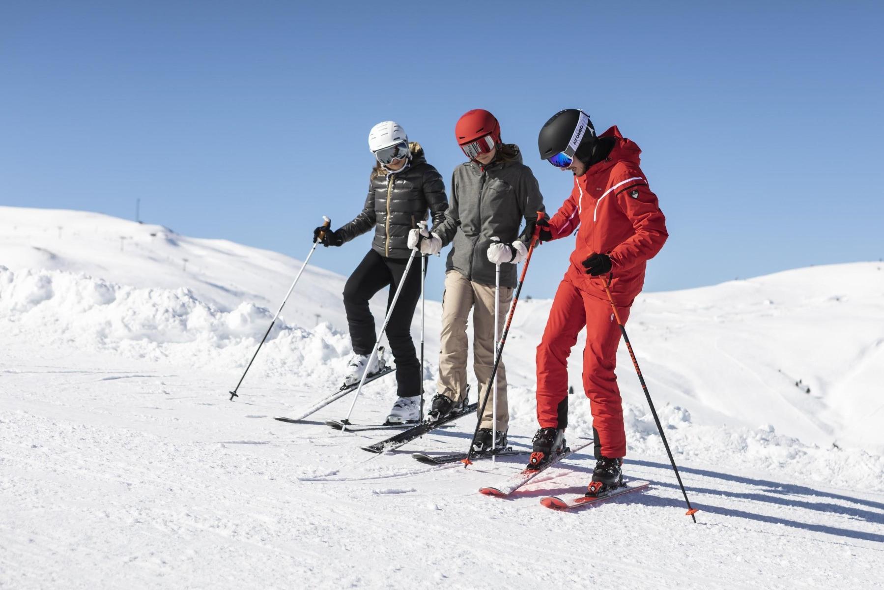Ist das Skigebiet einmal beschlossene Sache, steht die Wahl der Kursmodlität an