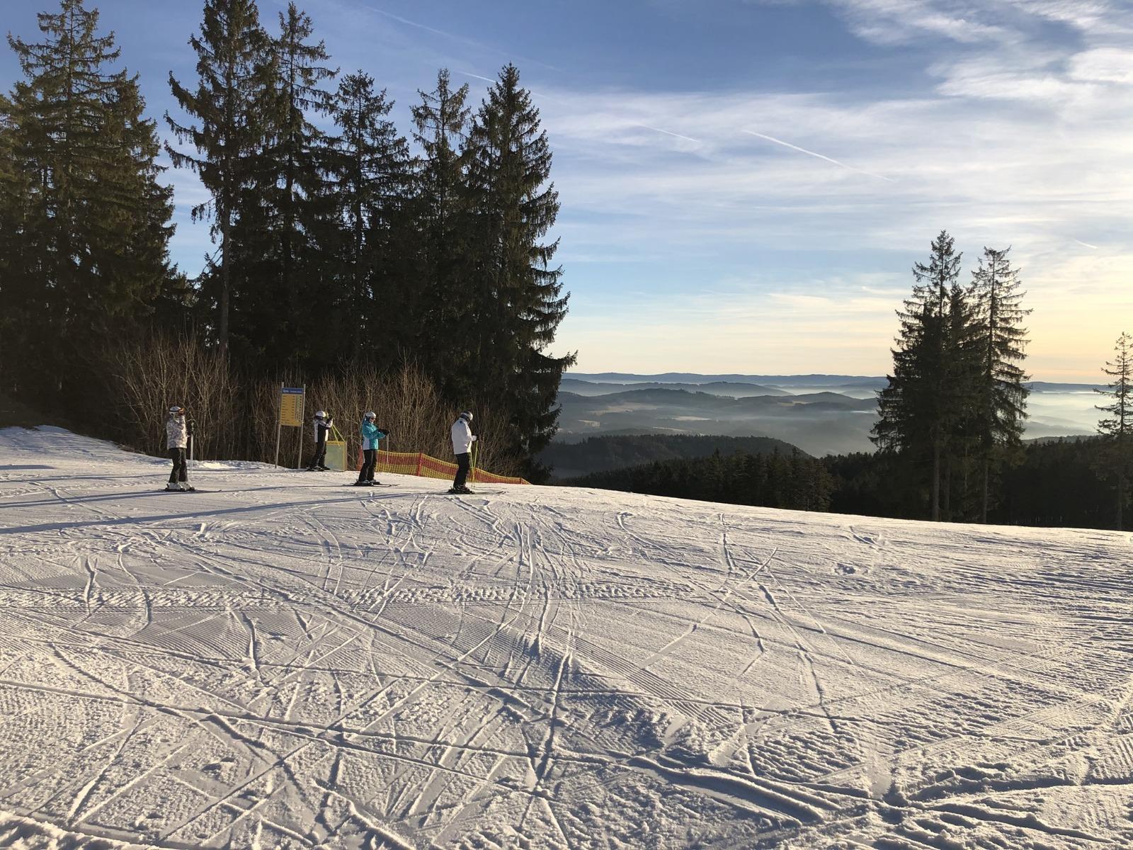 Dobré sněhové podmínky na Lipně - a spousta sluníčka
