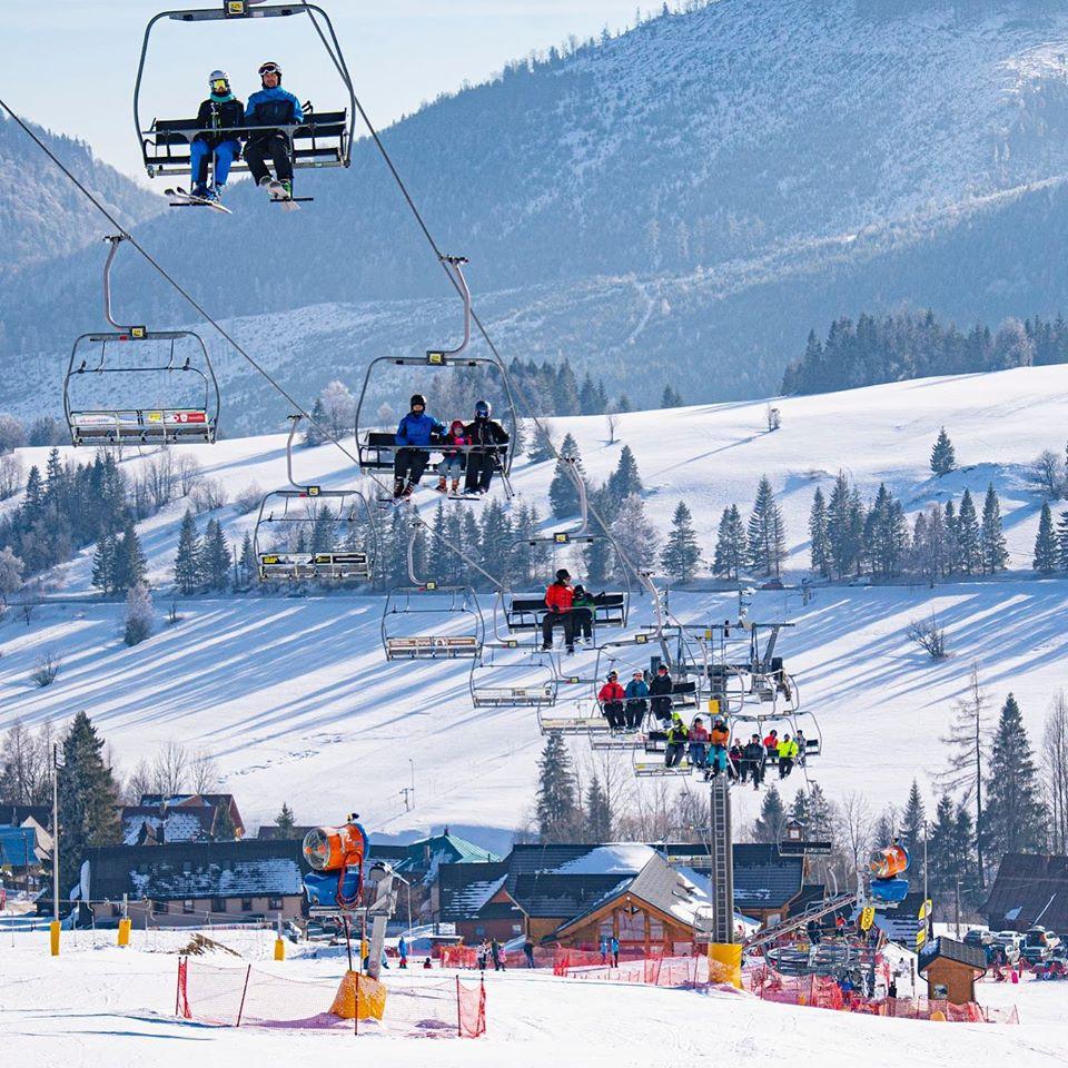 Slnečná lyžovačka v Ždiari - Strachan Ski centrum 21.1.2020