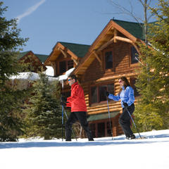 Cross-country skiing at Whiteface Lodge