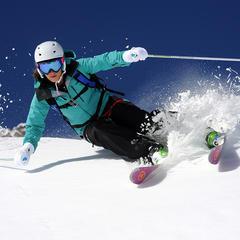 Les skis all mountain passent partout, en tout temps et en toute neige... - ©Dynastar / Dan Ferrer